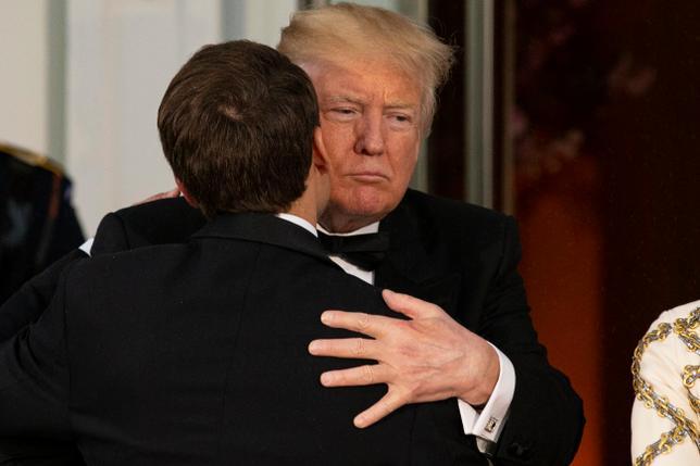 """Wizyta Macrona w Waszyngtonie była początkiem """"bromansu"""" (PAP/EPA, Fot: Alex Edelman)"""