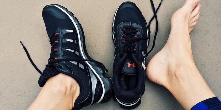 Czego możesz się dowiedzieć o swoim zdrowiu, patrząc na stopy?