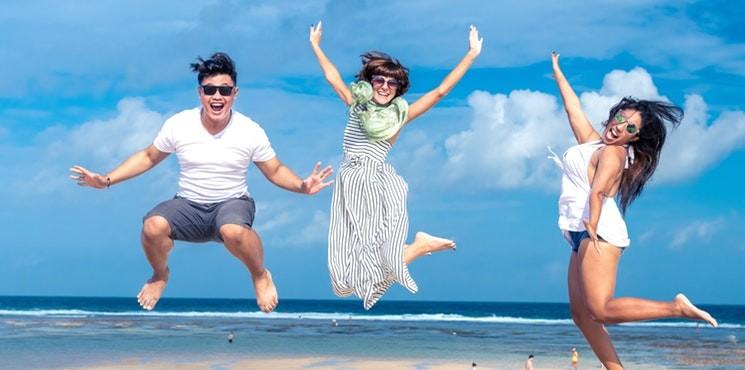 Polacy coraz chętniej wydają pieniądze na podróże