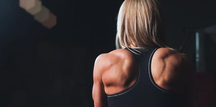 Ćwiczenia na plecy – wykonasz je w domu