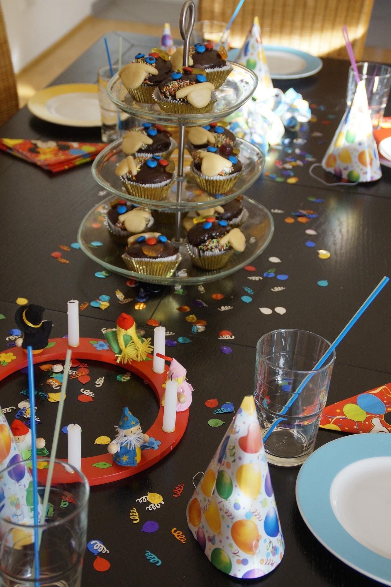 Idealny tort na urodziny Twojego dziecka? Tort Angry Birds to jest to!