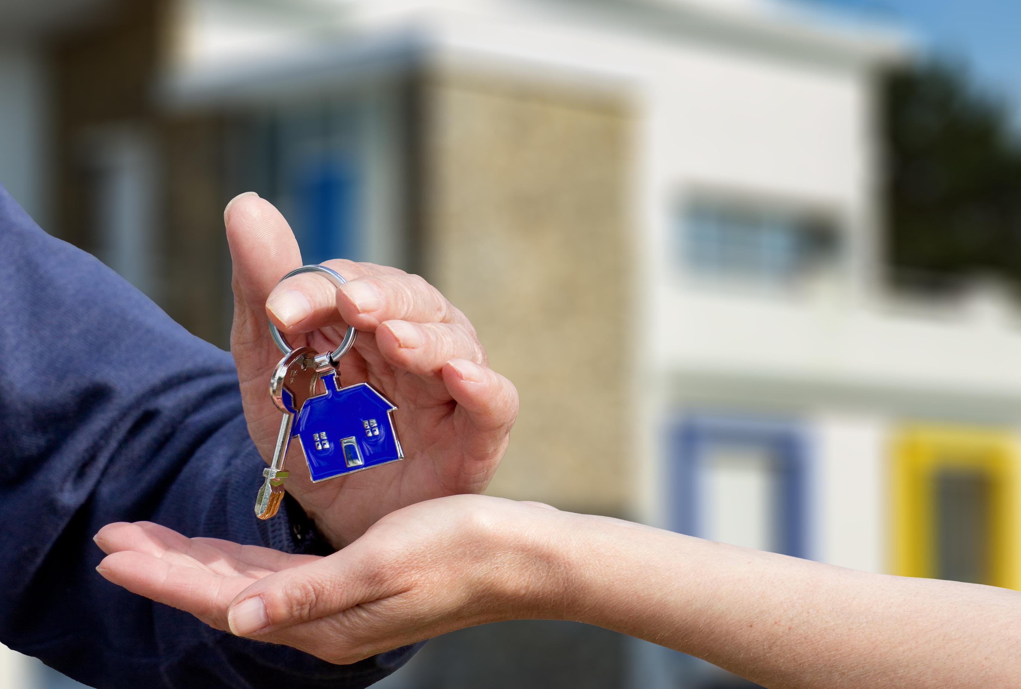 Jak bezpiecznie kupić mieszkanie od dewelopera?